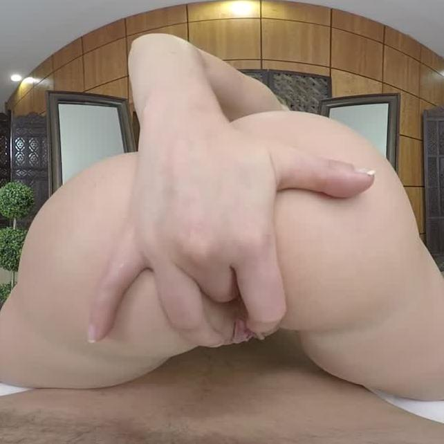 Mia Malkova Wants Your Throbbing Hard Dick In her Ass