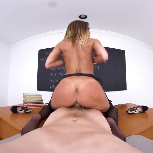 Fucking Lessons By Hot Pornstar Brooklyn Chase
